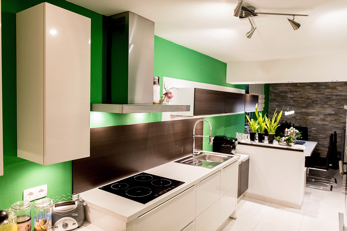 au ergew hnliches design mit allem komfort mega k chenwelten. Black Bedroom Furniture Sets. Home Design Ideas