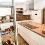 MEGA Küchenwelten in 92421 Schwandorf - Referenzen: Schicke Designküche in Katzdorf!