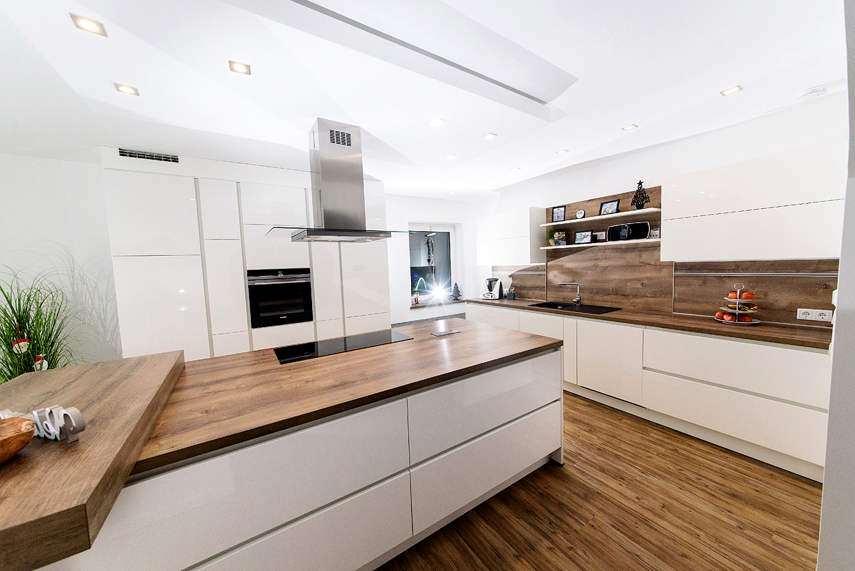 schicke designk che in katzdorf mega k chenwelten. Black Bedroom Furniture Sets. Home Design Ideas