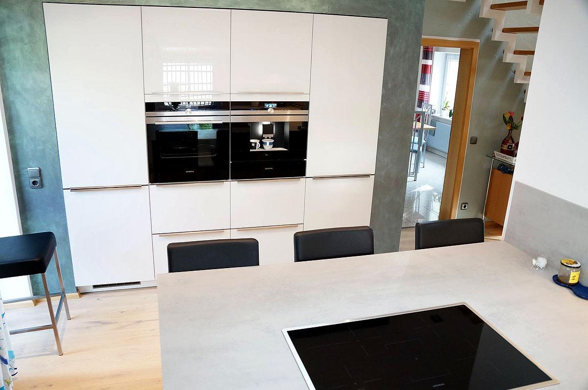 Schöne Küche Mit ESG Glasfronten   MEGA Küchenwelten