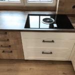 Landhausküchen Gemütlichkeit, warme Ausstrahlung und moderne Geräte