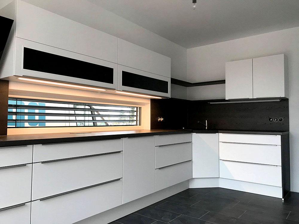 Modern, Design-Griffleisten, weiß - MEGA Küchenwelten: schöne Küchen ...