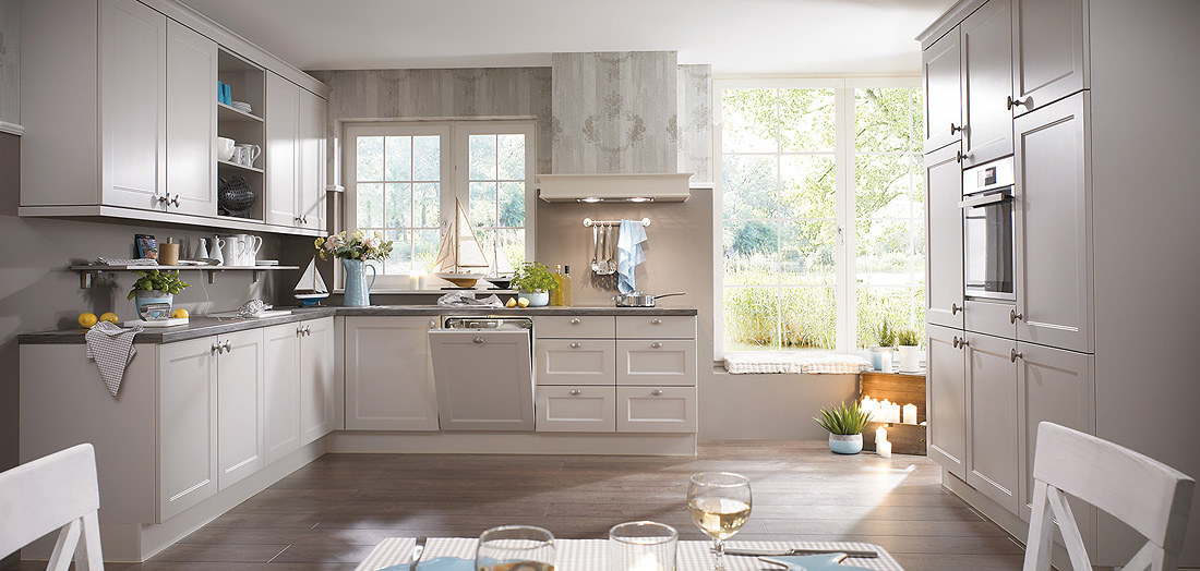 Landhaus-Küchen - MEGA Küchenwelten: schöne Küchen gut + günstig