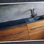Schicke Küche, toller Materialmix